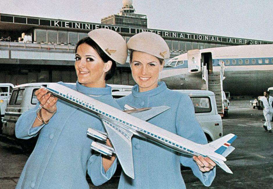 retro-uniforms-of-flight-attendants-10
