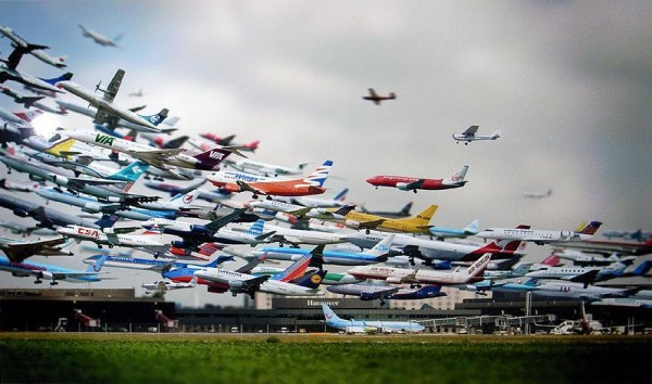Busy-Airport-600x354
