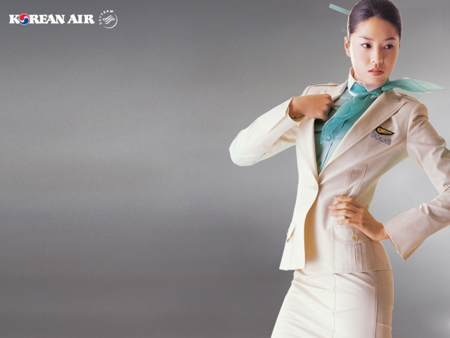 Korean Air Beauitful stewardess wallpaper