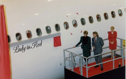 In December 1993, the airline received its first Airbus A340-300 G-VBUS and named her 'Lady In Red' during a special ceremony, attended by HRH Diana, Princess Of Wales.