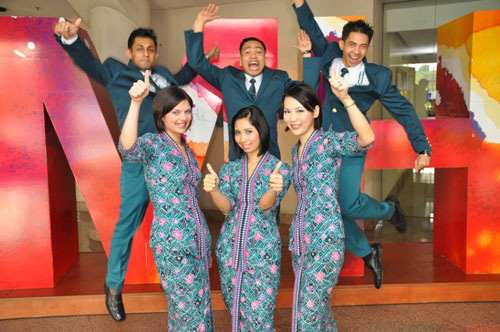 MAS has won over 100 awards in the last decade alone, including Skytrax's 'Best Cabin Crew' in 2001-2004, 2007, 2009, 2012.
