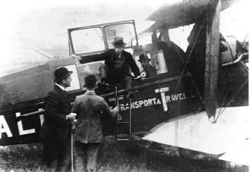 KLM's first flight took place on May 17, 1920 from Croydon Airport, London to Amsterdam, Schiphol using a leased Aircraft Transport and Travel De Haviland DH-16. The aircraft was piloted by Jerry Shaw and carried two British journalists and some newspapers.