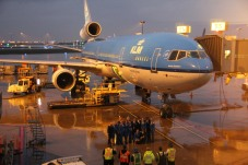 On the morning of October 26, 2014 KLM Royal Dutch Airlines welcomed its last MD-11 passenger flight – KL672 - at Amsterdam Airport Schiphol. The flight, which arrived from Montreal, not only marks the end of KLM's MD-11 operations worldwide, but also the end of a remarkable era in civil aviation. The partnership between KLM and aircraft manufacturer (McDonnell) Douglas lasted more than 80 years, which is truly unique.