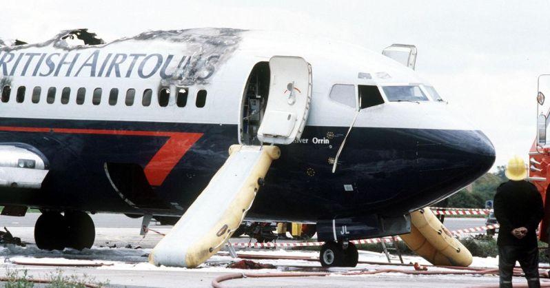 British-Airtours-Boeing-737