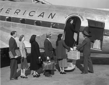 US Airways can trace its history back to 1939, when the small Pennsylvania-based airmail outfit All American Aviation Inc, founded by Dr. Lytle Schooler Adams, took to the skies.