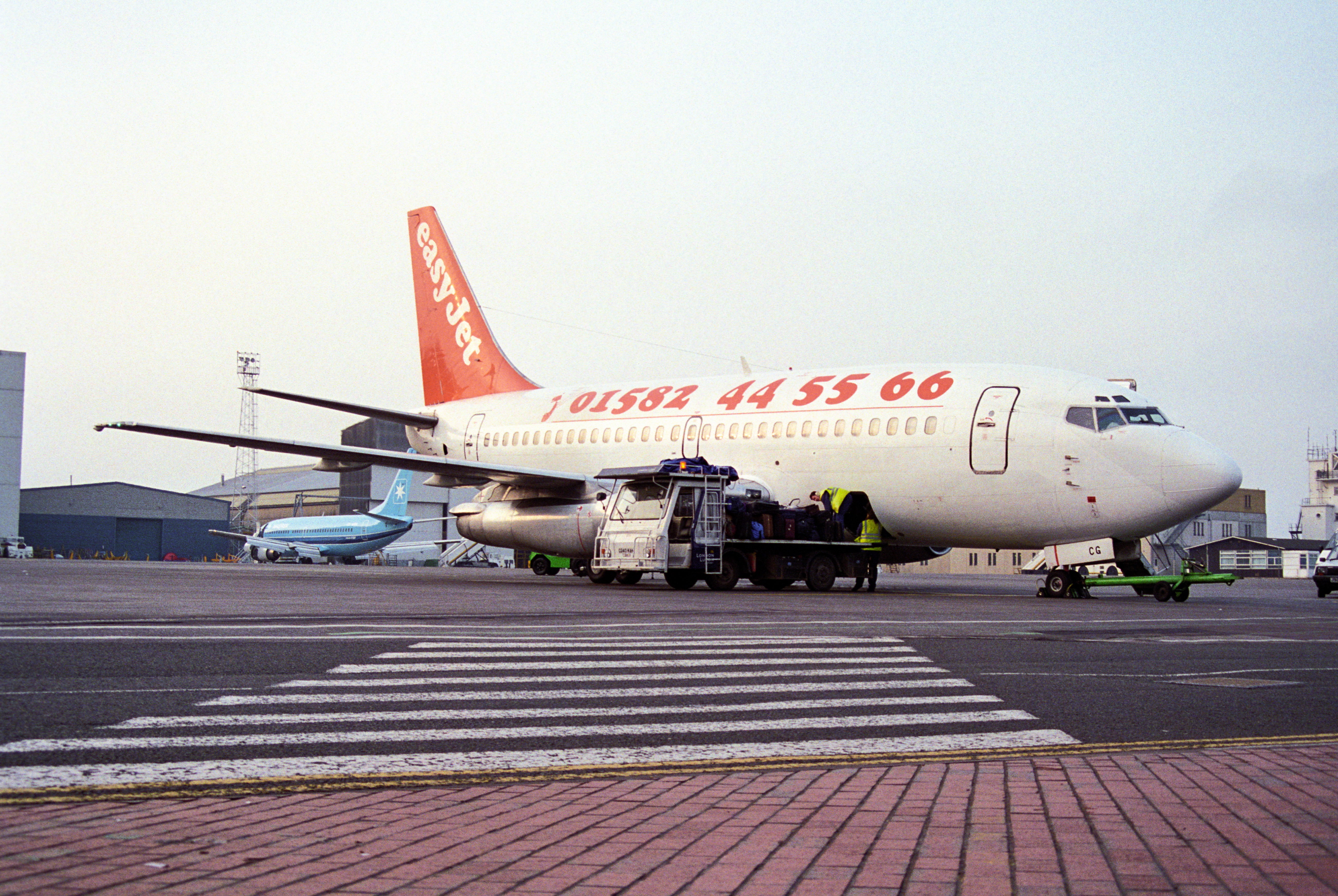 easyJet Boeing 737-200 G-BECG at LutonAirport.